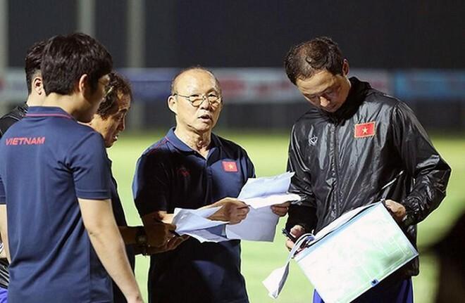 HLV Park Hang-seo 'mất ăn Tết' vì các đội tuyển Việt Nam - ảnh 1