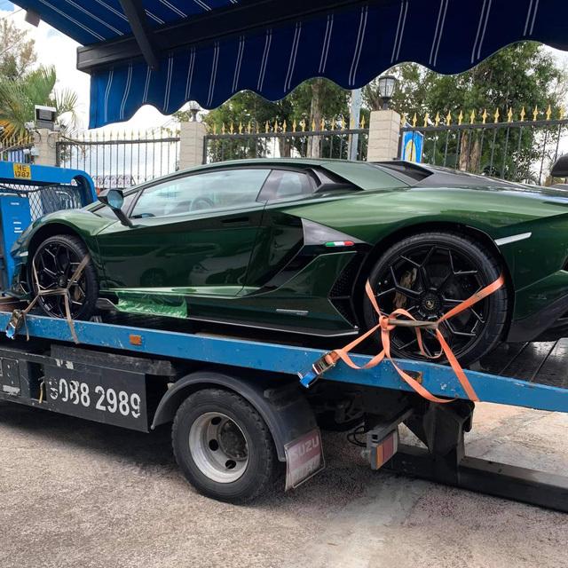 Đại gia lan Sài Gòn khoe Lamborghini Aventador SVJ màu độc nhất Việt Nam, bổ sung vào bộ sưu tập hàng loạt siêu xe khủng - ảnh 4