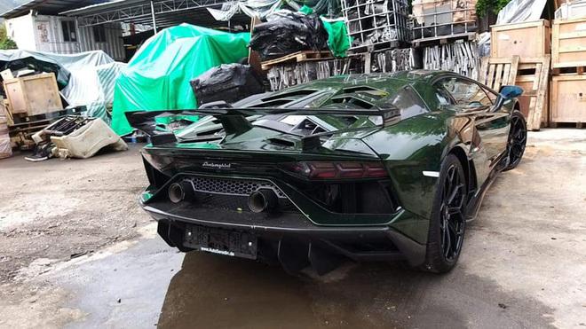 Đại gia lan Sài Gòn khoe Lamborghini Aventador SVJ màu độc nhất Việt Nam, bổ sung vào bộ sưu tập hàng loạt siêu xe khủng - ảnh 3