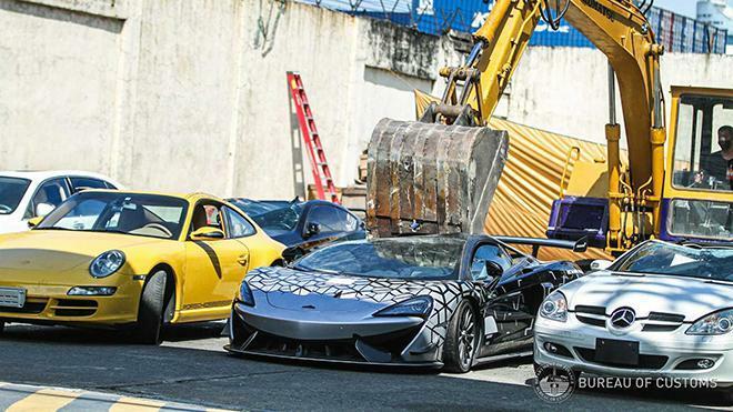 Đau lòng nhìn McLaren 620R mới tinh bị nghiền nát vì nhập lậu - ảnh 6