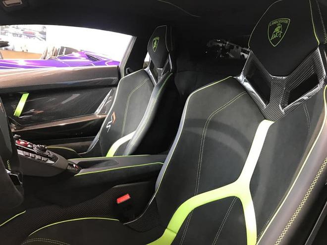Đại gia lan Sài Gòn khoe Lamborghini Aventador SVJ màu độc nhất Việt Nam, bổ sung vào bộ sưu tập hàng loạt siêu xe khủng - ảnh 7
