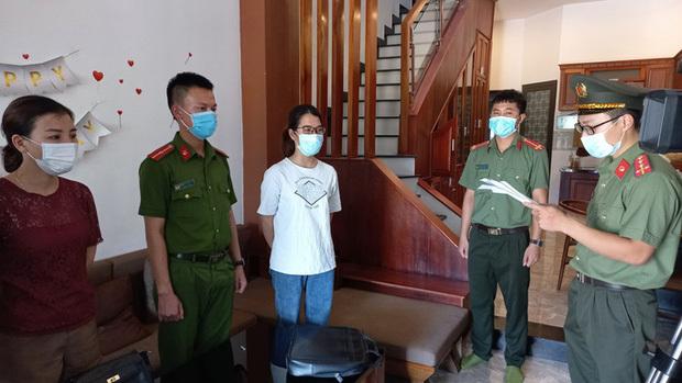 """Phiên dịch viên tiếng Trung bị bắt vì tiếp tay chuyên gia """"dỏm"""" nhập cảnh trái phép - ảnh 1"""