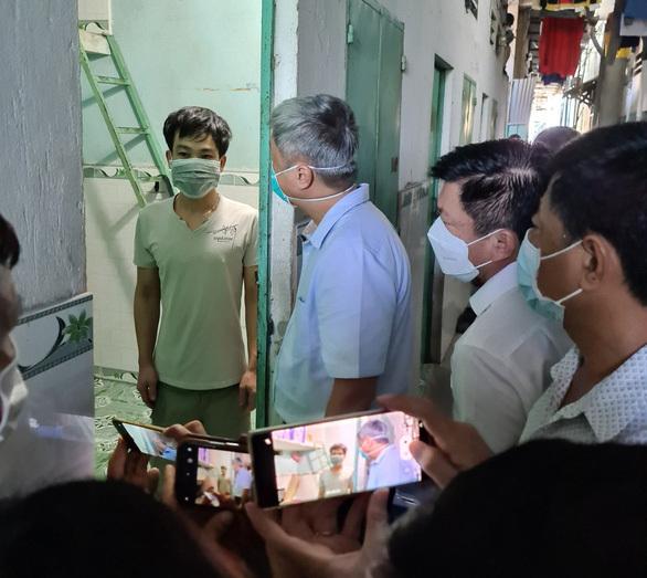Thứ trưởng Bộ Y tế: Cần tiêm vắc xin cho công nhân Bình Dương như TP.HCM - ảnh 1