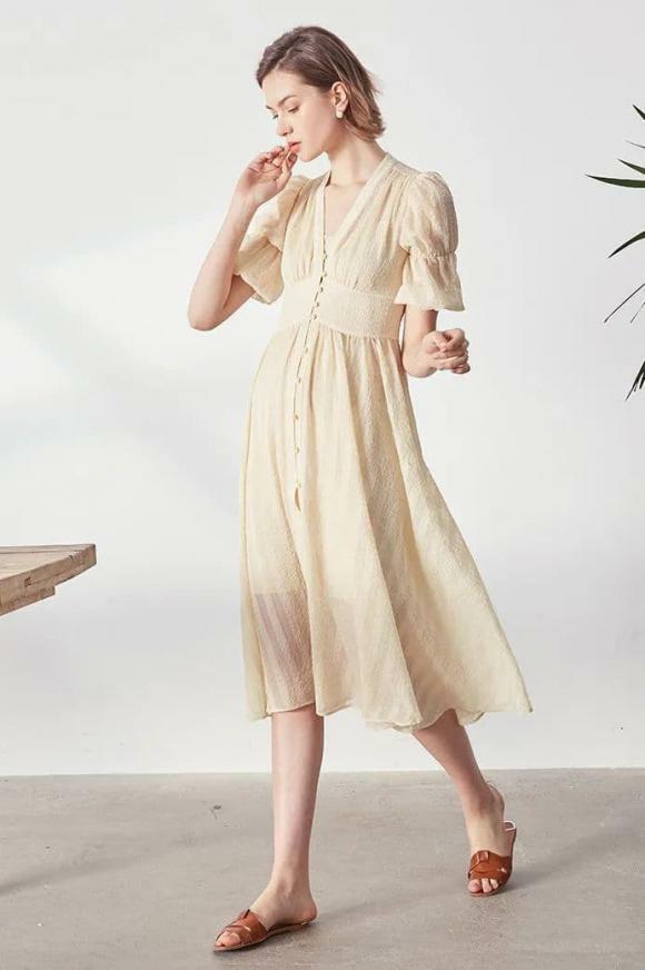 """""""Phong cách cao cấp kiểu Pháp"""" đang thịnh hành trong mùa hè này. Bất cứ ai cũng có thể mặc! - ảnh 9"""