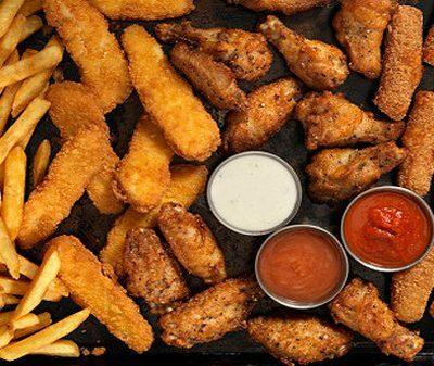 8 thực phẩm cần tránh xa sau tuổi 45 để loại bỏ ung thư, duy trì sức khỏe để có cuộc sống vui trẻ - ảnh 2