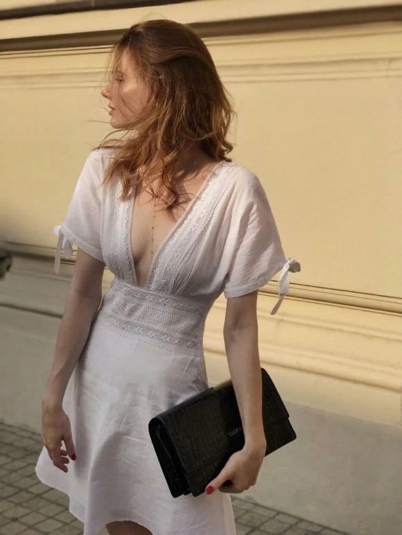 """""""Phong cách cao cấp kiểu Pháp"""" đang thịnh hành trong mùa hè này. Bất cứ ai cũng có thể mặc! - ảnh 6"""