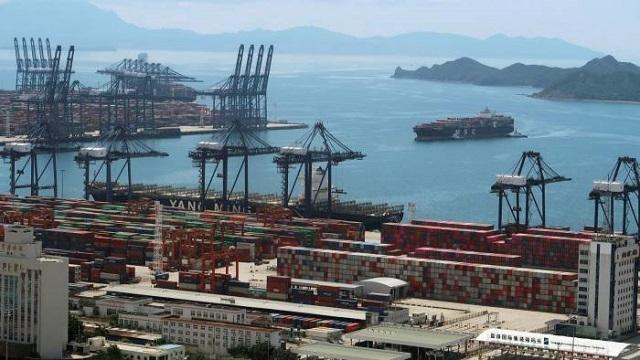 Vận tải biển trễ càng thêm trễ nải vì Trung Quốc - ảnh 1