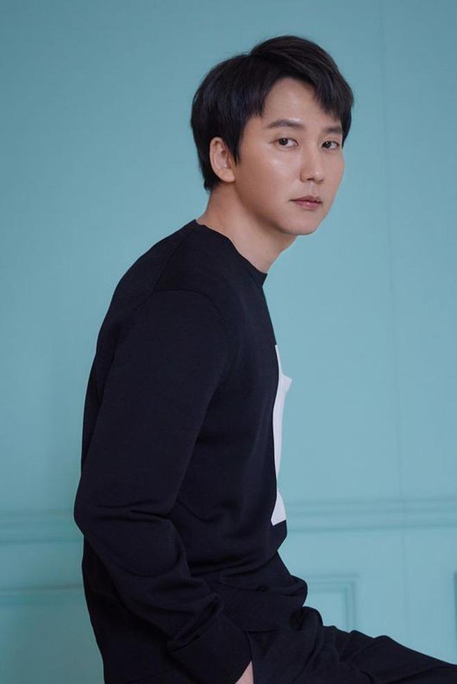 Bàng hoàng ngã ngửa vì bạn trai bệnh hoạn, Han So Hee được netizen khen nức nở ở Nevertheless - ảnh 10