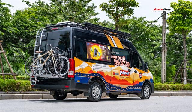 Thợ Việt độ Hyundai Solati thành nhà di động hết hơn 1,5 tỷ đồng: Có TV, bếp và công trình phụ, dùng điện mặt trời - ảnh 5