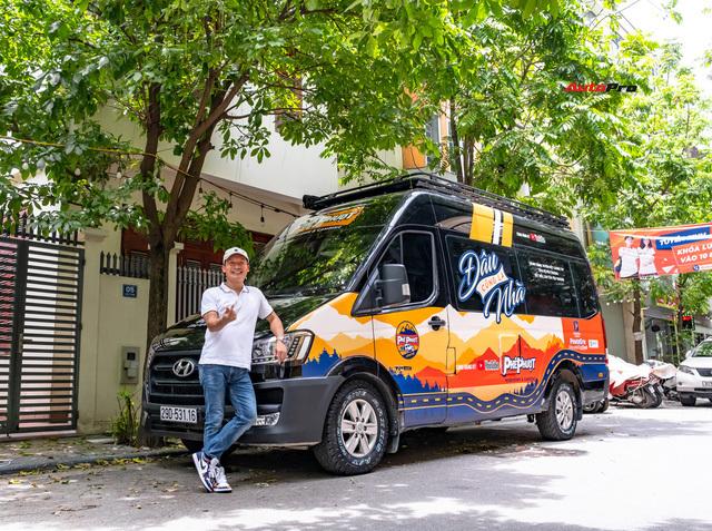 Thợ Việt độ Hyundai Solati thành nhà di động hết hơn 1,5 tỷ đồng: Có TV, bếp và công trình phụ, dùng điện mặt trời - ảnh 2