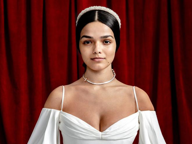 Nữ diễn viên da màu gây tranh cãi vì đóng vai Bạch Tuyết nhan sắc ra sao? - ảnh 2