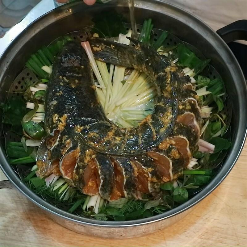 Cách làm thịt kho (om) cà pháo đậm vị ăn với cơm nóng ngày mưa cực mê - ảnh 27