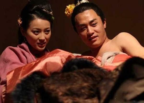Phan Kim Liên xinh đẹp nhất kể chuyện cảnh nóng - ảnh 2