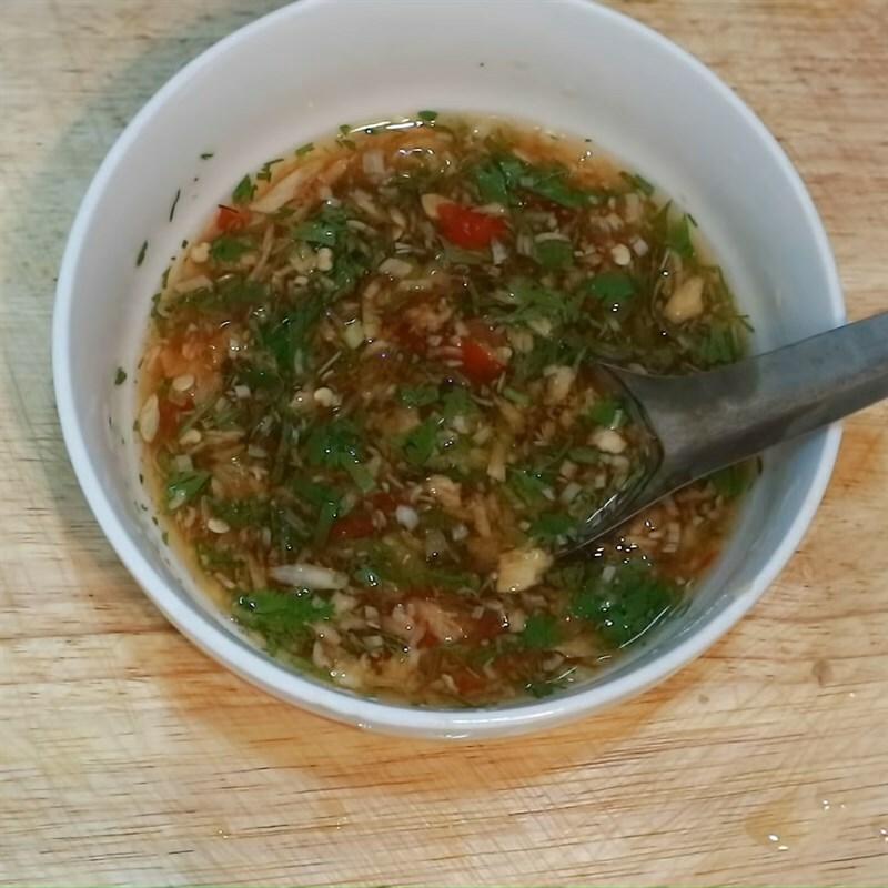 Cách làm thịt kho (om) cà pháo đậm vị ăn với cơm nóng ngày mưa cực mê - ảnh 26