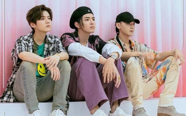 """""""Huynh đệ"""" cũ EXO nói xấu nhau tung trời: Chanyeol, Ngô Diệc Phàm bóc phốt đồng đội với bạn tình, Tao mới là đỉnh cao lật mặt - ảnh 3"""