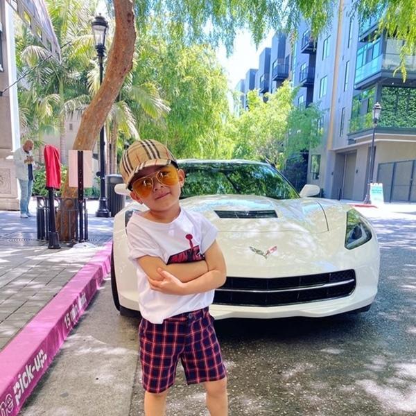 Con trai Đan Trường 4 tuổi sở hữu công ty riêng, mặc toàn hàng hiệu - ảnh 2
