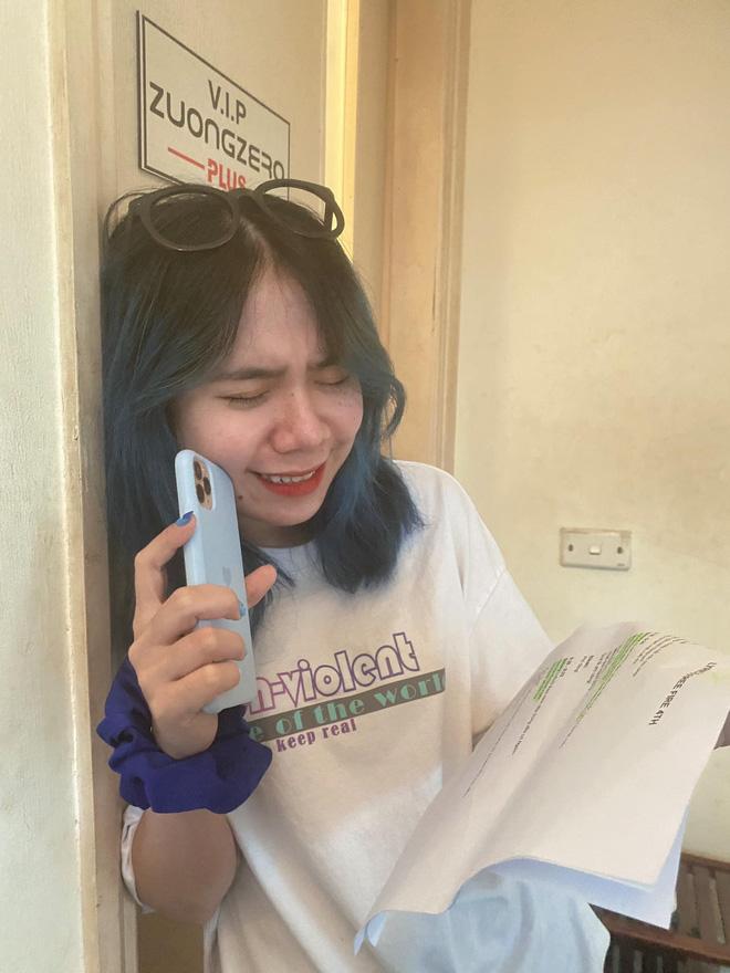 """Rapper Mèo Simmy lộ ảnh phòng thu, fan game lại được hóng """"siêu phẩm"""