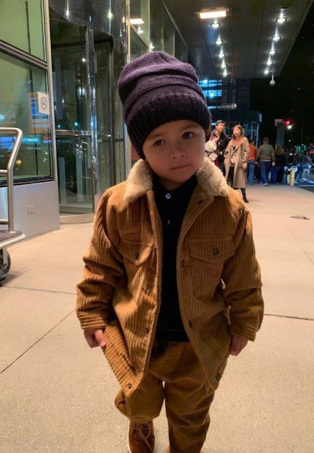 Con trai Đan Trường 4 tuổi sở hữu công ty riêng, mặc toàn hàng hiệu - ảnh 3