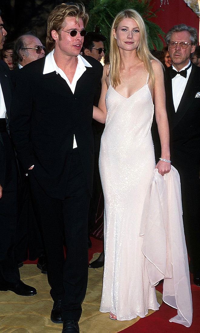 Showbiz thế giới từng có 4 cặp đôi lên đồ