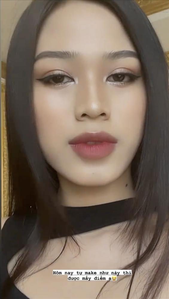 Hoa hậu Đỗ Thị Hà nhờ chấm điểm, dân mạng chê lên chê xuống - ảnh 4