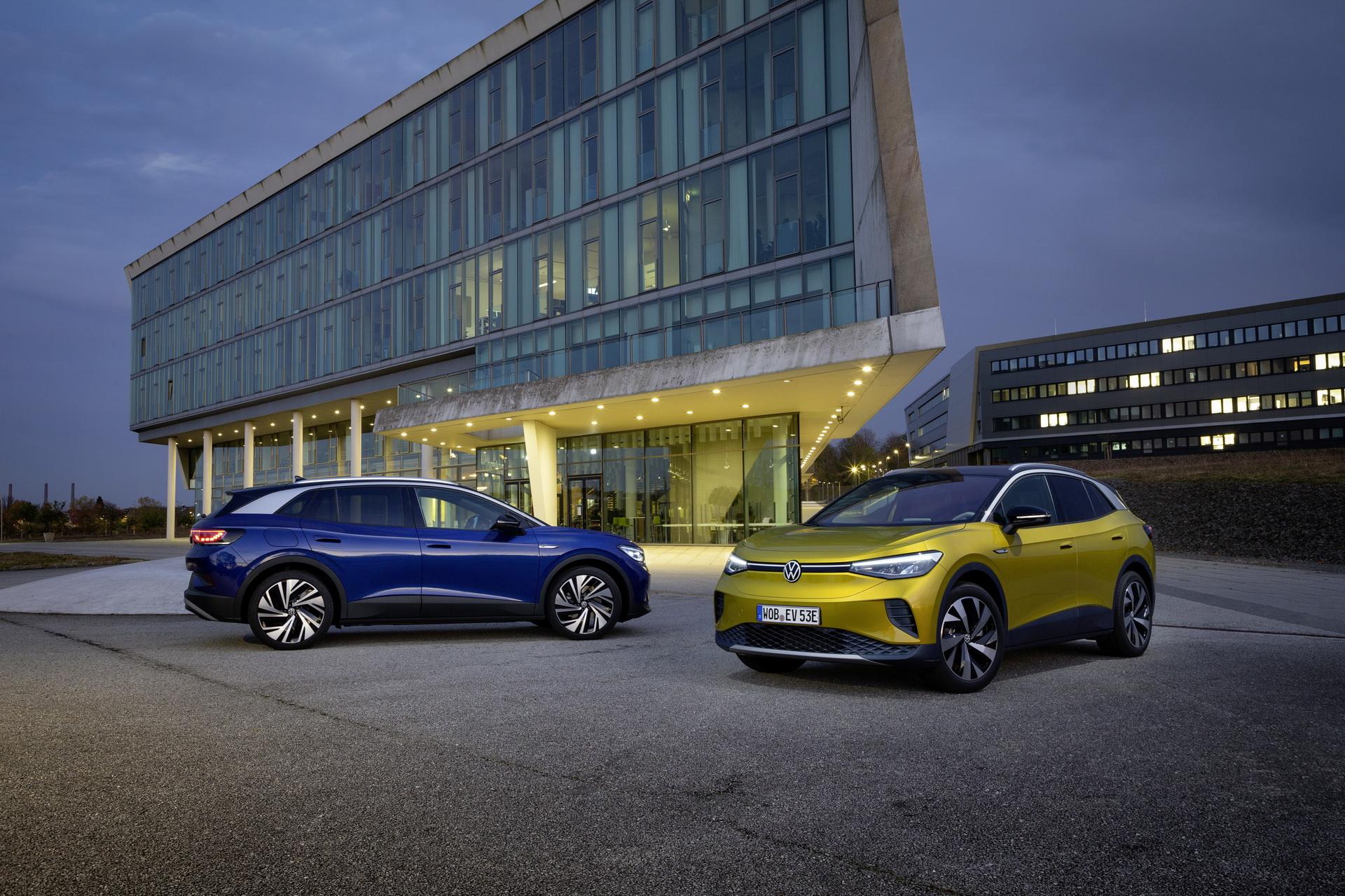 Bentley ra mắt Flying Spur Hybrid siêu tiết kiệm nhiên liệu - ảnh 12