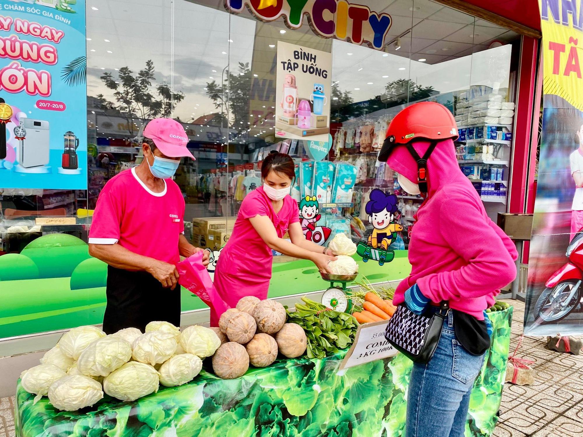 Ngoài siêu thị, người dân ở TP.HCM có thể tới những địa chỉ này mua rau củ, thịt cá - ảnh 4