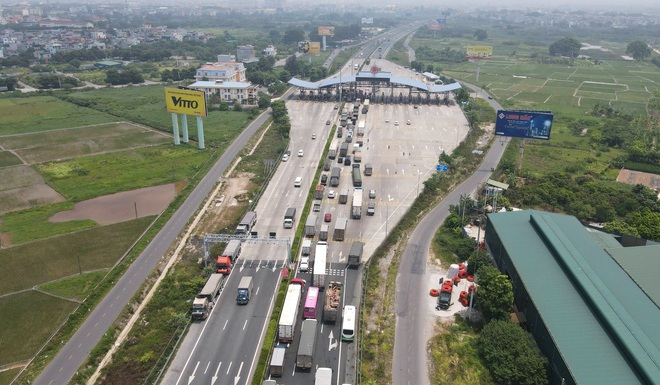 Kiểm soát người vào thủ đô, cao tốc Pháp Vân - Cầu Giẽ ùn tắc hàng cây số - ảnh 3