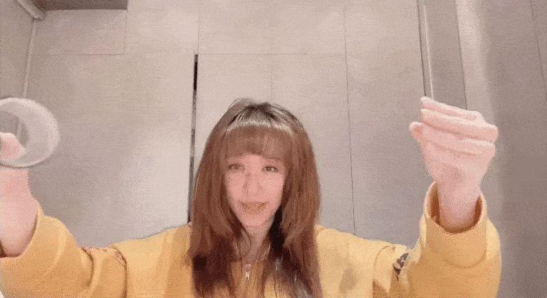 """Hari Won diện loạt mẫu váy giấu bụng triệt để, nhưng trông hơi """"dừ"""" và lỗi mốt - ảnh 16"""