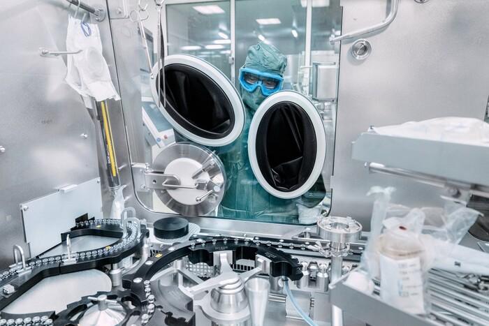 Bên trong cơ sở sản xuất vaccine Covid-19 của BioNTech - ảnh 12