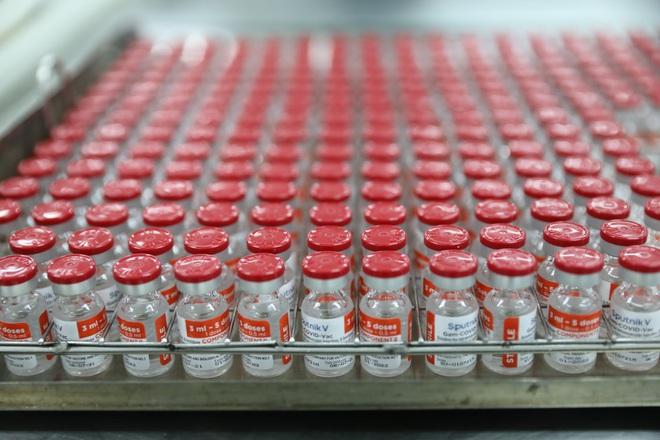 Cận cảnh quy trình gia công vắc xin Sputnik V tại Việt Nam - ảnh 9