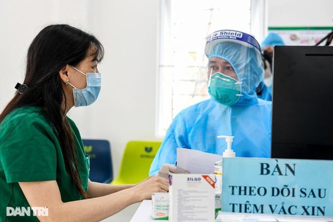 Hà Nội: Chiến dịch tiêm chủng lớn nhất lịch sử được thực hiện như thế nào? - ảnh 3