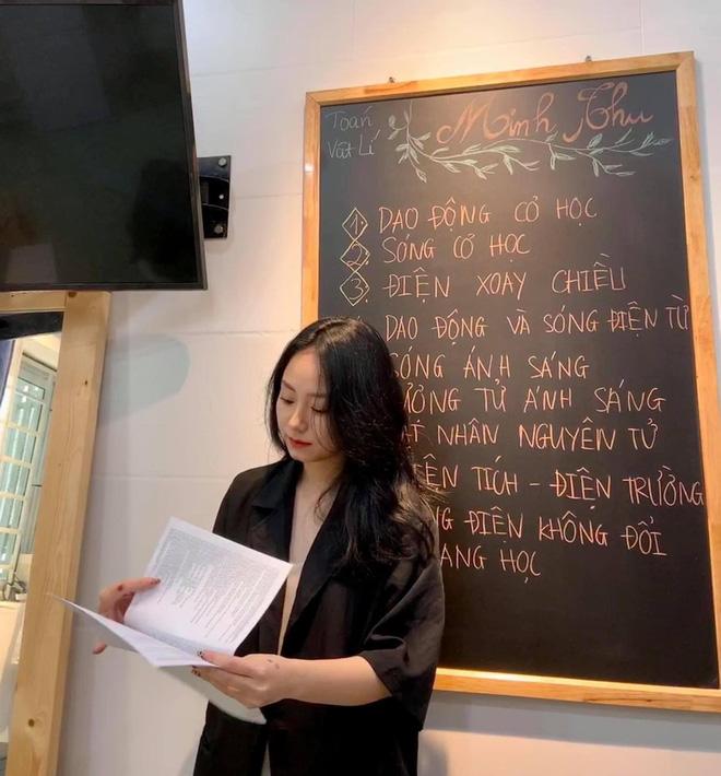 Lên bài kêu gọi dân mạng ủng hộ, cô giáo Minh Thu bị bóc viết sai 3 lỗi chính tả, đọc cực kỳ khó chịu - ảnh 2
