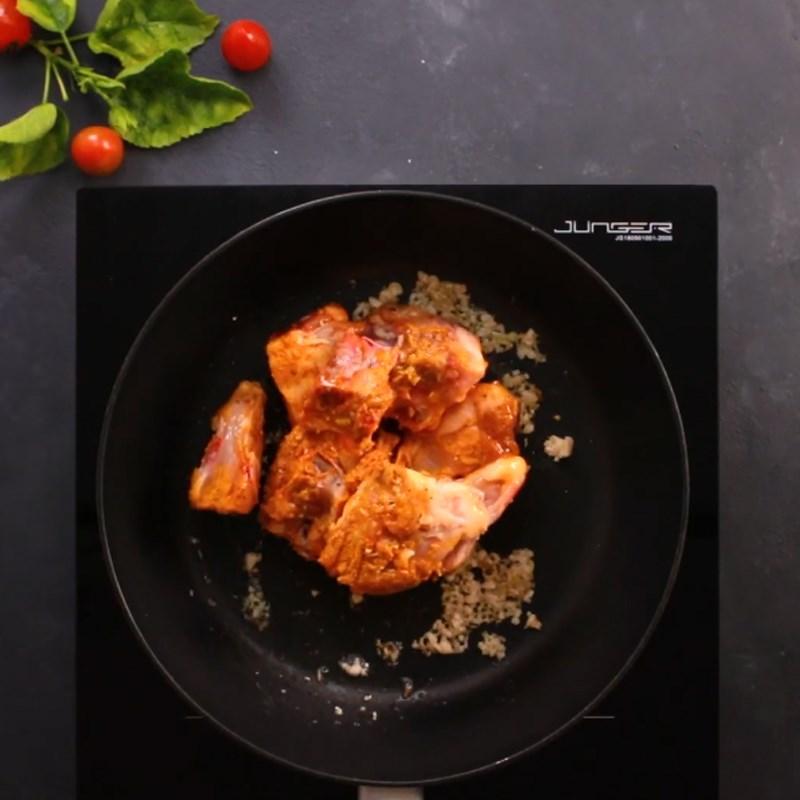 Cách làm gà xào lăn thơm lừng béo ngậy, đậm đà hấp dẫn - ảnh 7