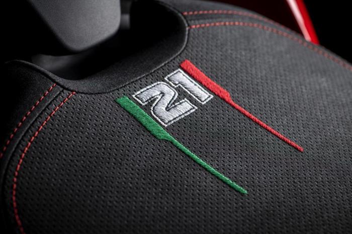 Cận cảnh Ducati Panigale V2 phiên bản đặc biệt - ảnh 19