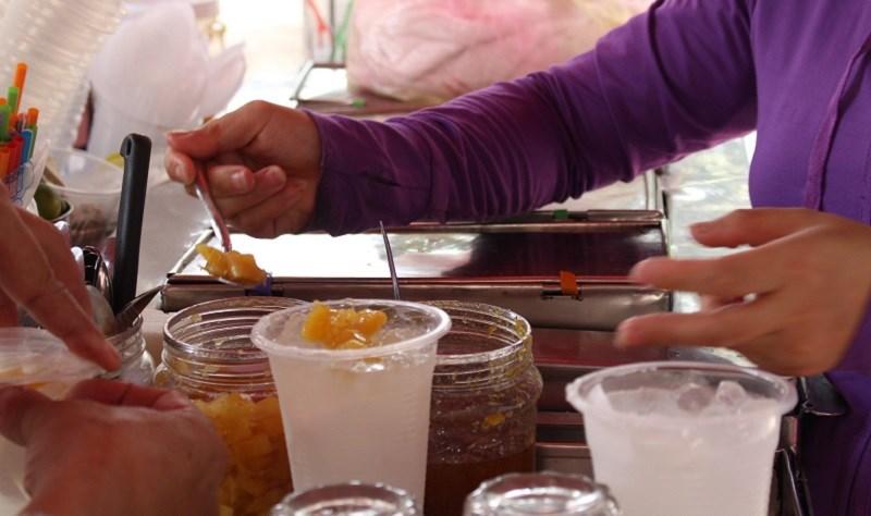 Những món ăn đơn giản hấp dẫn từ dừa - ảnh 9