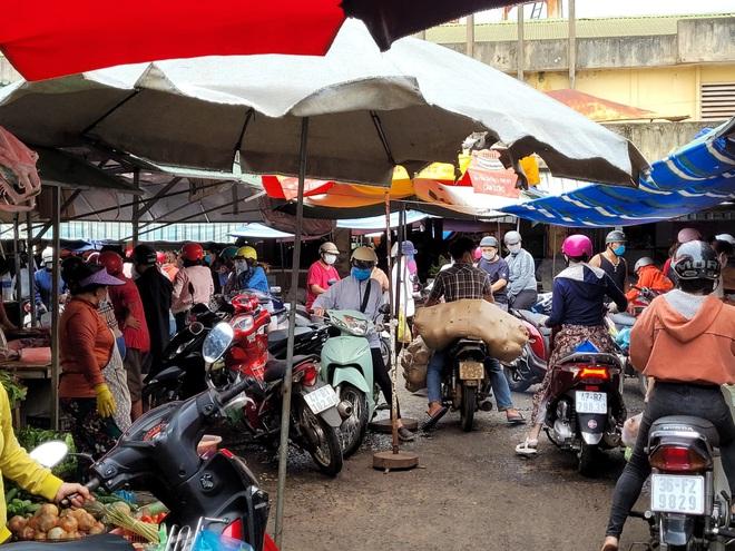TP Buôn Ma Thuột và một huyện thực hiện giãn cách xã hội theo Chỉ thị 16 - ảnh 4