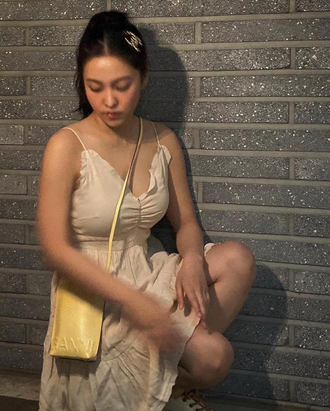 Yeri và Kaity Nguyễn: Vai rộng nhưng chẳng ngán đồ hai dây, còn có cả tá cách mặc đẹp cải thiện điểm này - ảnh 11