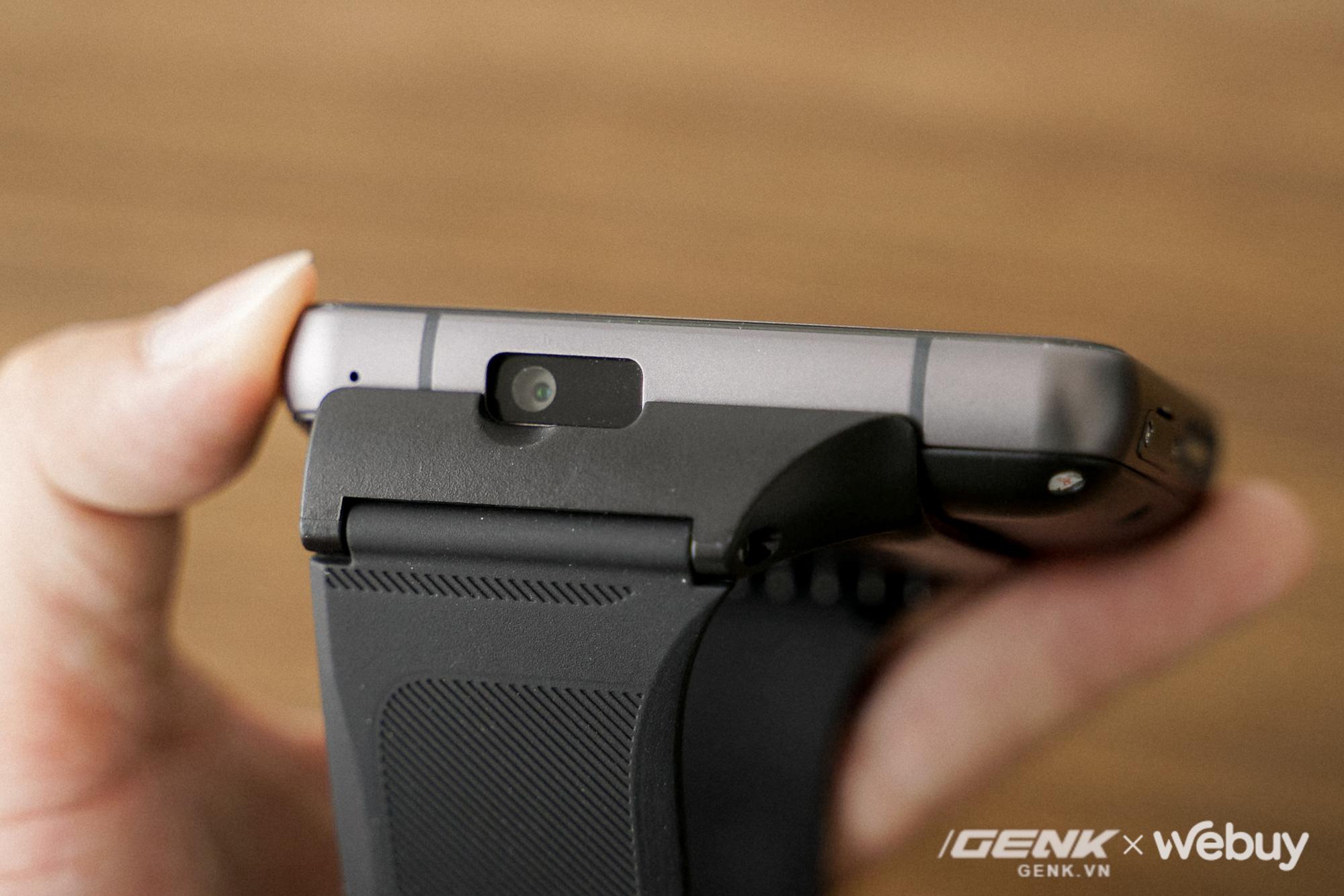 """Trên tay Lokmat Appllp Max: Smartwatch """"siêu to khổng lồ"""" chạy Android, có 4G, cấu hình """"ngon"""", đánh game phà phà - ảnh 3"""