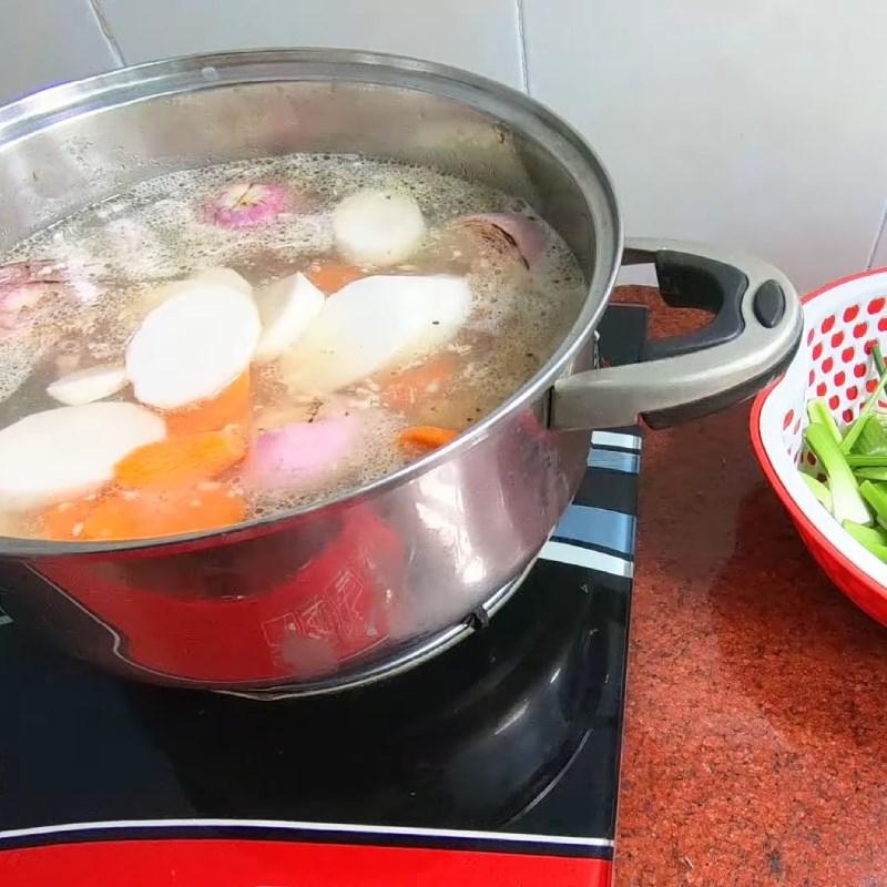 Cách làm mực khô xào dứa chua ngọt hấp dẫn bắt cơm ai cũng mê - ảnh 22