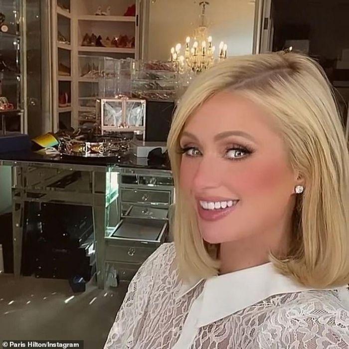 Ở tuổi 40, Paris Hilton nhìn trẻ hơn sau khi cắt tóc - ảnh 8