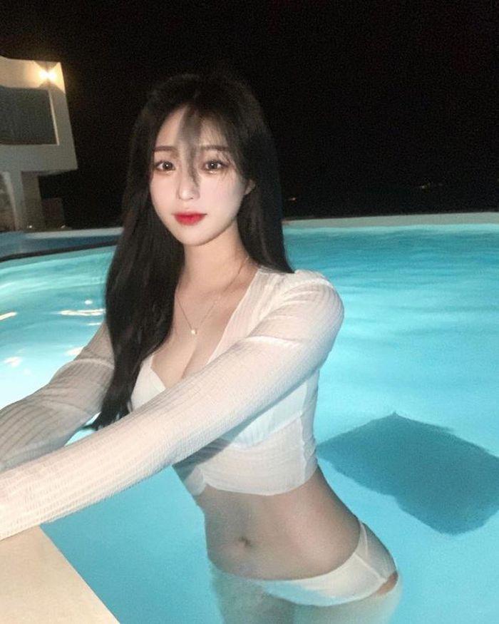Hot girl xứ Hàn hút triệu follow nhờ đôi chân dài miên man - ảnh 2