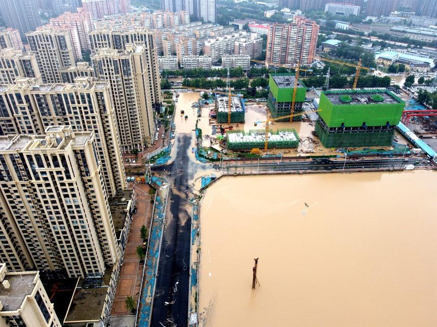 Khung cảnh thành phố iPhone chìm trong biển nước - ảnh 10