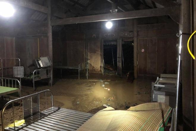 Mưa lớn suốt 24 giờ gây ngập lụt ở huyện cao nhất Nghệ An - ảnh 3