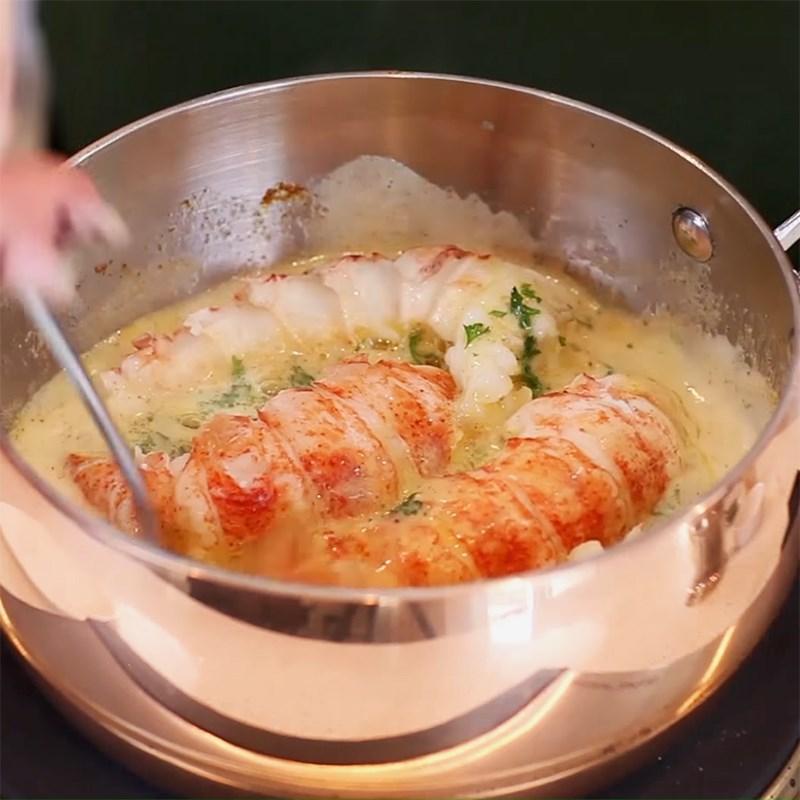Cách làm tôm hùm sốt bơ tỏi kèm risotto chuẩn vị Ý thơm ngon hấp dẫn - ảnh 11