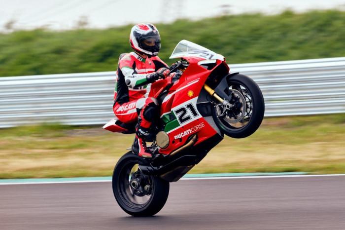 Cận cảnh Ducati Panigale V2 phiên bản đặc biệt - ảnh 20