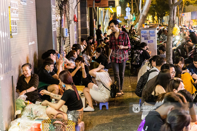 """Giữa cơn sốt """"ai là rapper số 1 Việt Nam"""" bỗng dưng netizen lại gọi tên anh trai bán trà dâu Đông Du, ủa gì vậy? - ảnh 6"""