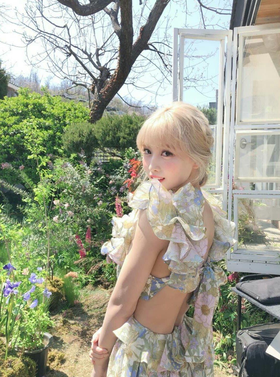 Idol Kbiz so kè cực gắt khi diện đồ hở lưng: Jisoo kín nhất BLACKPINK, Irene – Yoona cạnh tranh ngôi nữ hoàng - ảnh 9
