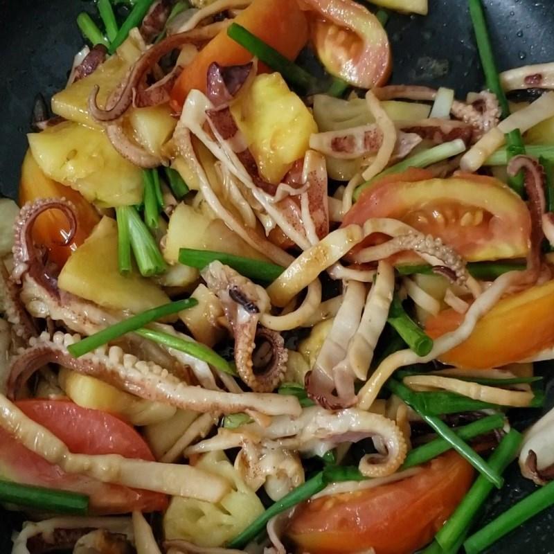 Cách làm mực khô xào dứa chua ngọt hấp dẫn bắt cơm ai cũng mê - ảnh 8