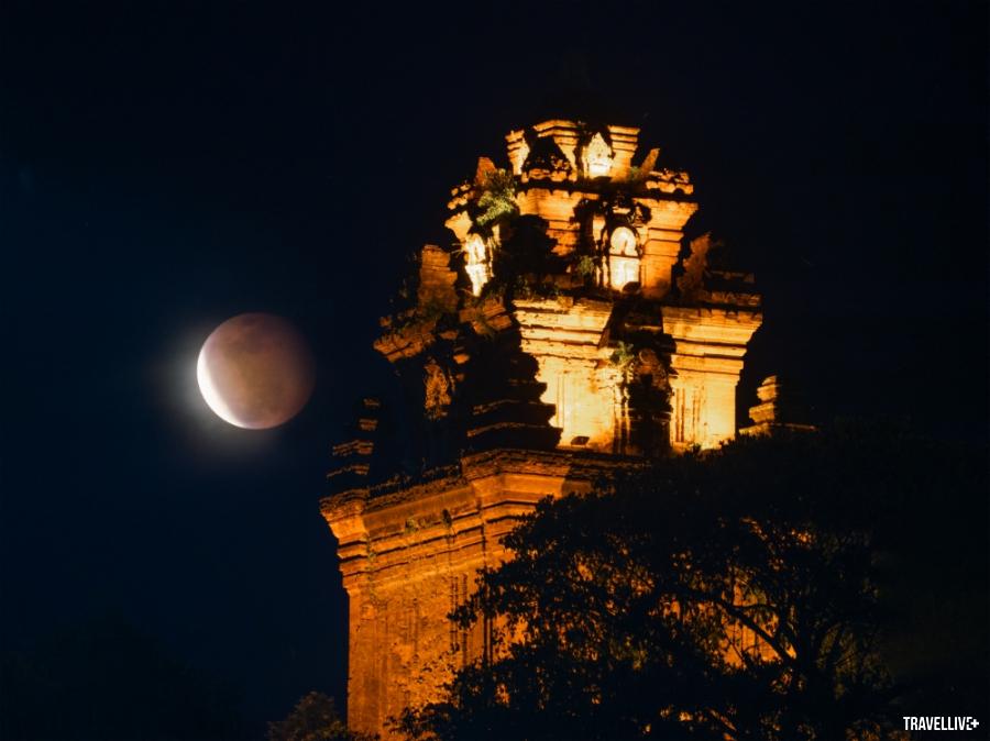 Gành Đá Đĩa Phú Yên tuyệt đẹp qua lăng kính vlogger Bùi Tiên Phong - ảnh 14