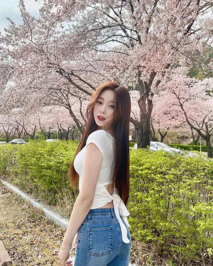 Hot girl xứ Hàn hút triệu follow nhờ đôi chân dài miên man - ảnh 7
